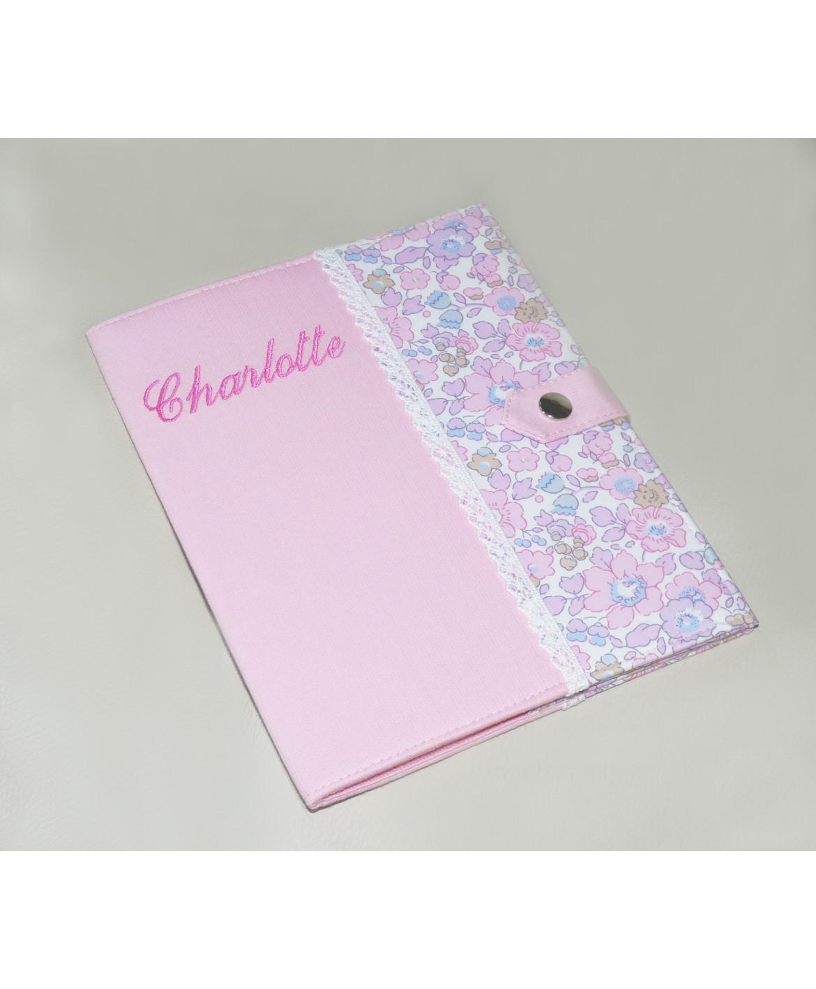 Protège carnet de santé rigide personnalisé - Cadeau de naissance fille personnalisé - liberty rose et dentelle